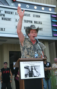 Ted Nugent Rallies his loyal followers with a salute to his late mother Ma Nugent!